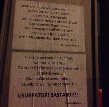 Milan, la Curva Sud protesta con manifesti anti-Napoli