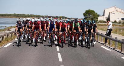 Vuelta di Spagna, seconda tappa: tappa e maglia a Lampaert