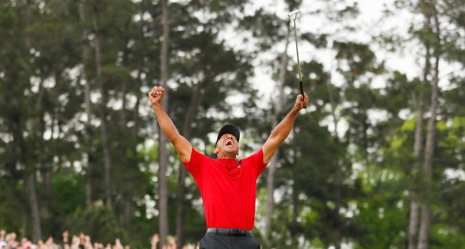 Golf, scommette su Tiger Woods e vince oltre un milione di dollari