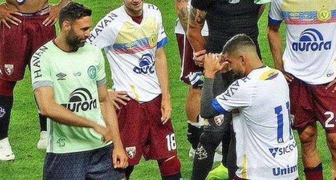 """Torino, Rincon minimizza la lite con Sirigu: """"Volevo alzare l'adrenalina, siamo molto amici"""""""
