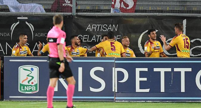 Serie B, playoff: il Cittadella vince 2-1 e accede in semifinale, Spezia ko