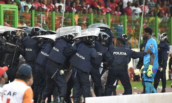 Coppa d'Africa: Ghana in finale, scontri allo stadio