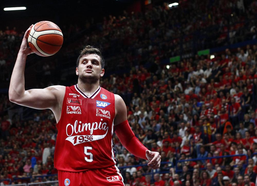 Basket, finale scudetto: Milano-Reggio Emilia 94-73, le foto