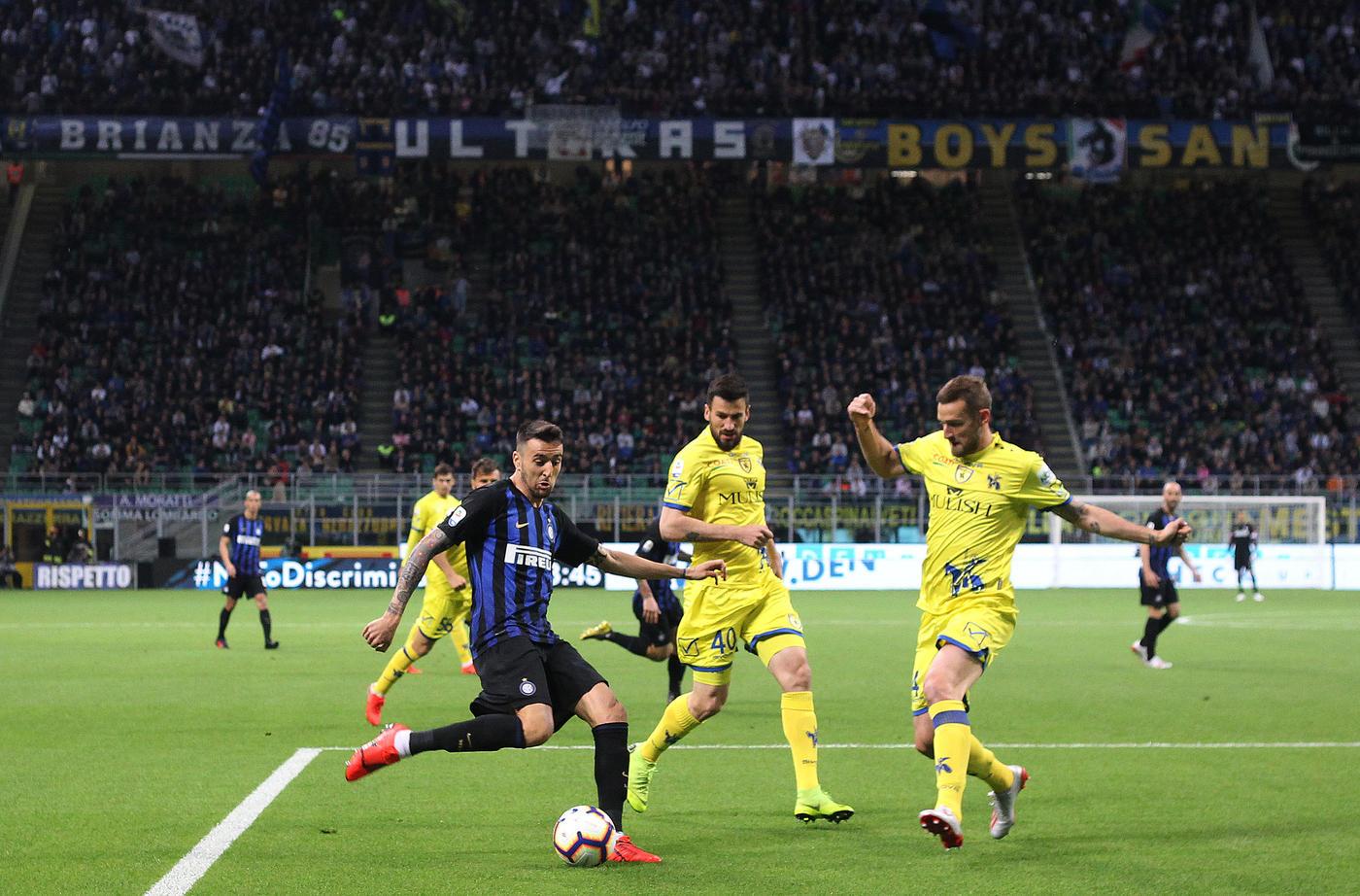 L'Inter non sbaglia col Chievo e torna terza