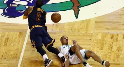 Basket, playoff Nba: Cavs esagerati, Boston spazzata
