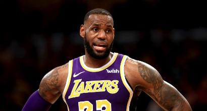 NBA: Belinelli male nel ko degli Spurs sugli Heat, LeBron e i Lakers battono Minnesota