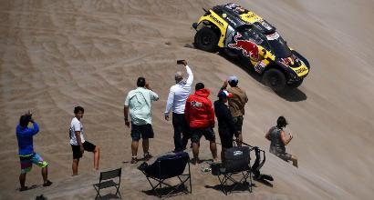 Dakar, show di Loeb tra le auto