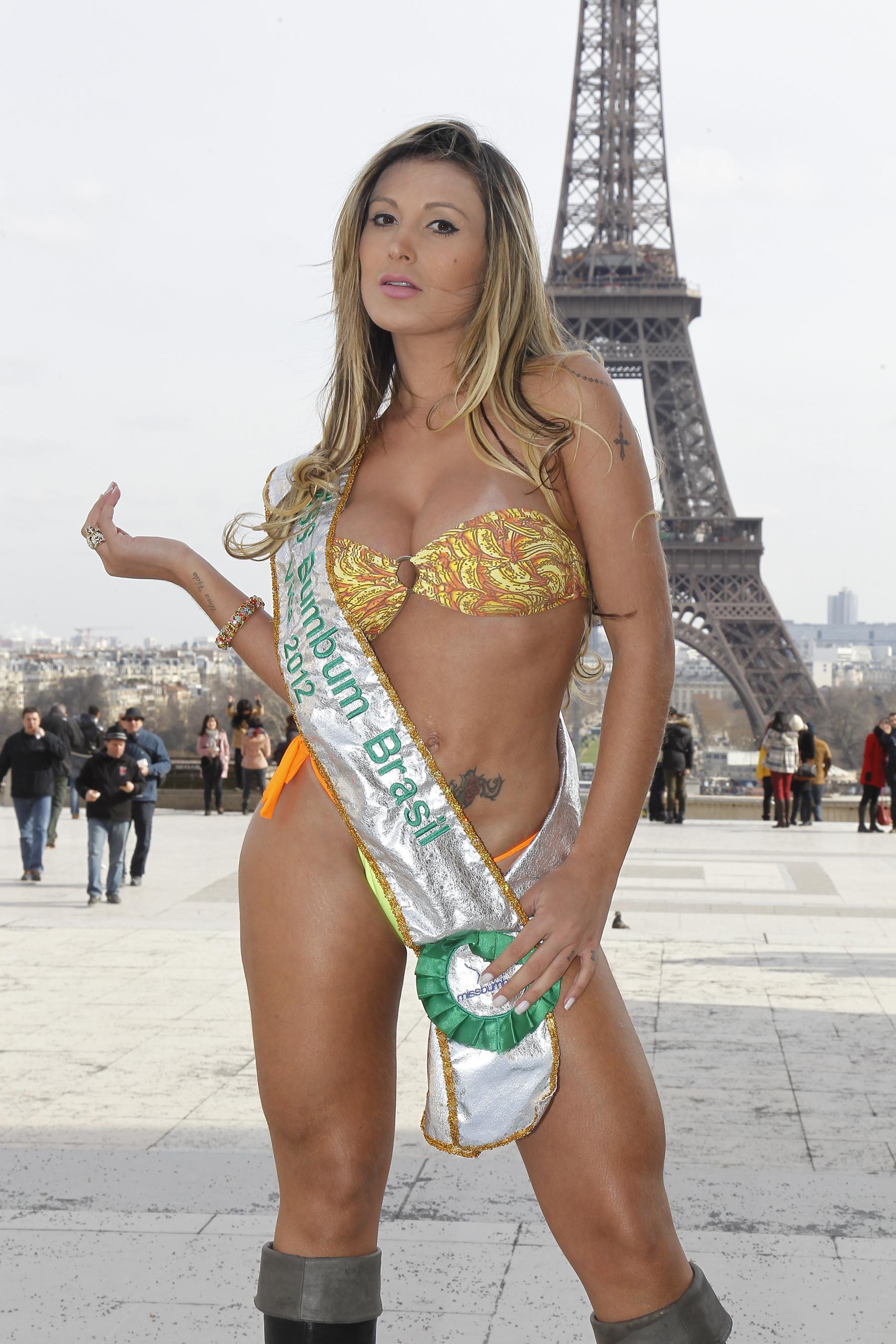 cameltoe Bikini Carine Felizardo naked photo 2017