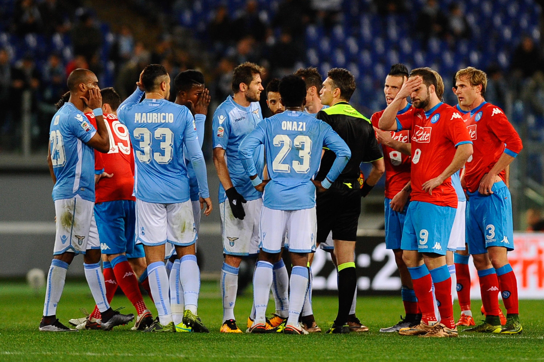 3 FEBBRAIO 2016, LAZIO-NAPOLI: KALIDOU KOULIBALY Dopo i ripetuti ululati razzisti nei confronti del difensore, l'arbitro Irrati al 65' decide di interrompere la partita per un paio di minuti.