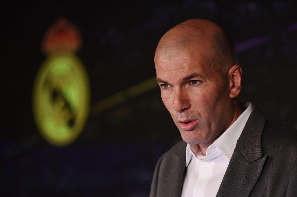Zinedine Zidane è tornato al Real Madrid dopo 9 mesi, 8 giorni e 2 esoneri (Lopetegui e Solari) e per farlo, secondo le prime indiscrezioni della stampa spagnola, avrebbe posto delle condizioni molto precise a Florentino Perez: