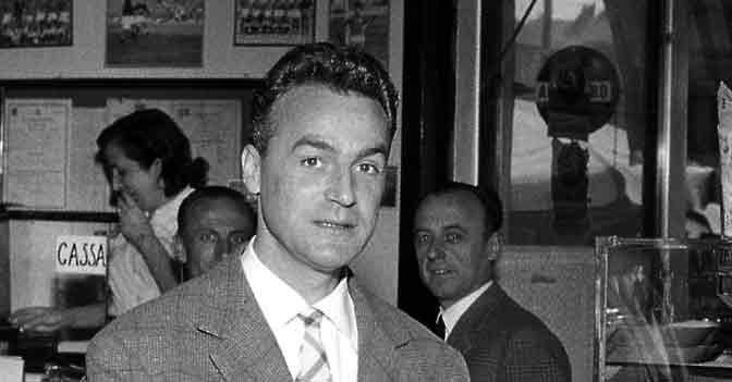 Aredio Gimona, Palermo: 11 mesi di sospensione per aver rotto la gamba a Pesaola (1950)