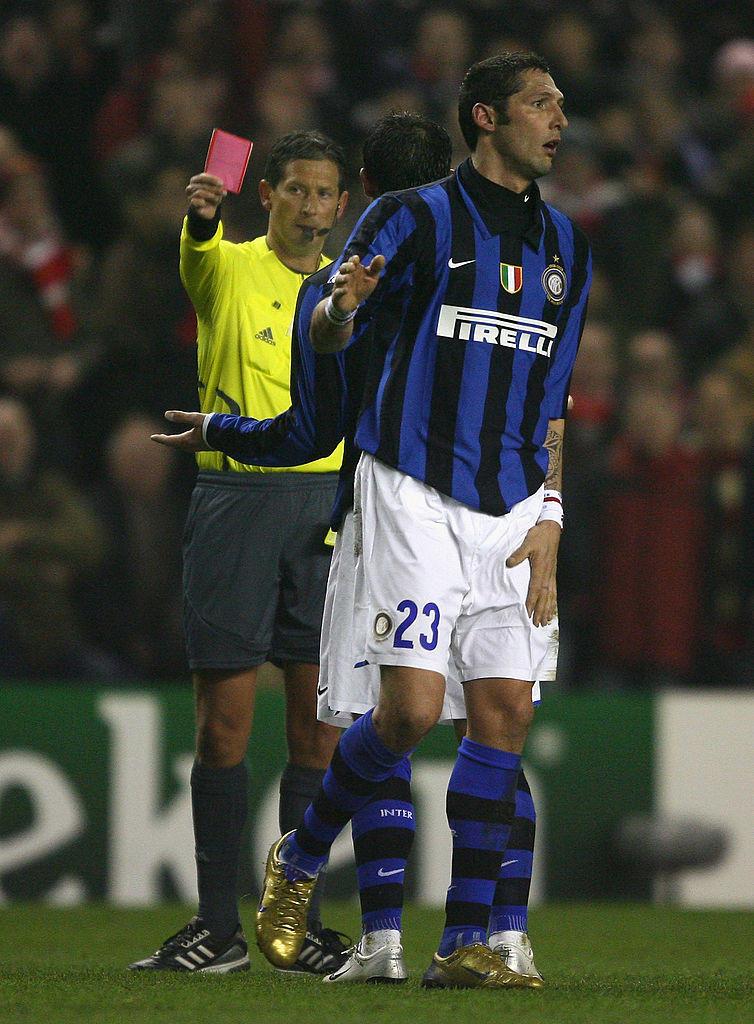 Marco Materazzi, Inter: 2 mesi di squalifica per un pugno a Cirillo nel tunnel degli spogliatoi (2004)