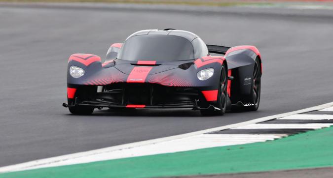 Aston Martin, ecco la Valkyrie