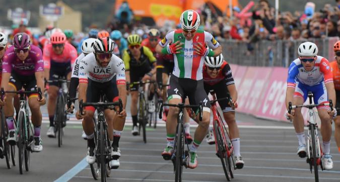 Giro 2019: Viviani, volata amara