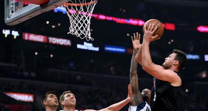 Nba: crollano gli Spurs di Belinelli contro Brooklyn, Gallinari trascina i Clippers verso i playoff