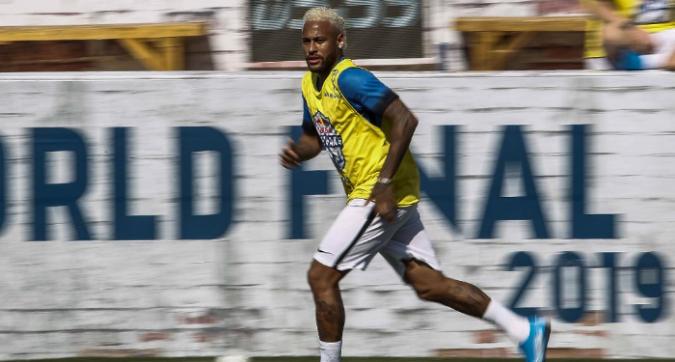 """Neymar pensa sempre al Barcellona: """"Messi è il migliore al mondo"""""""
