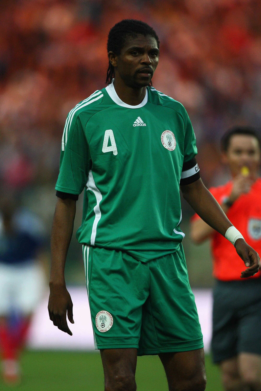 Nwankwo Kanu - All'inizio del settembre del 1996 l'attaccante nigeriano fu bloccato dallo staff medico dell'Inter, ma dopo un'operazione negli USA, con la sostituzione della valvola aortica, tornò a giocare. Moratti gli salvò la vita.