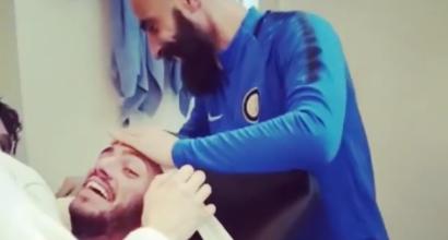 Inter, Santon legato sul lettino: guarda lo scherzo per il compleanno