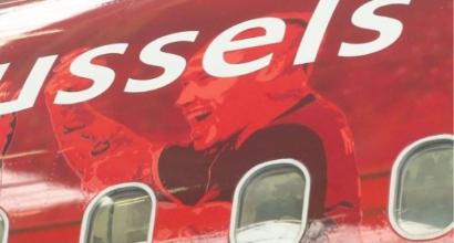 """Belgio, la foto di Nainggolan sull'aereo per la Russia: """"Penso che qualcuno cambierà il suo posto..."""""""