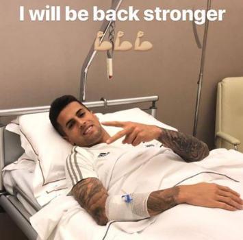 Juve, Cancelo operato al ginocchio