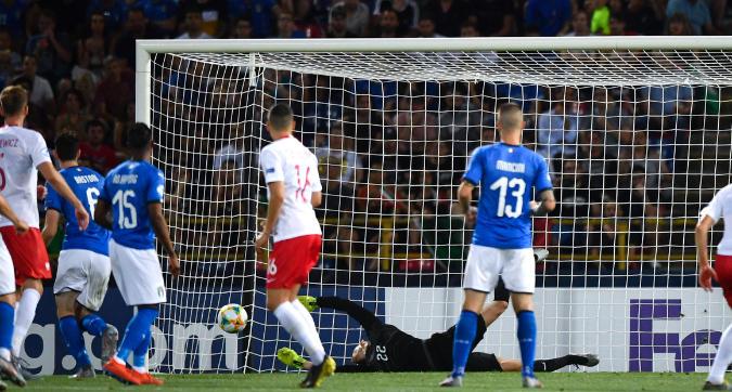 Europei Under 21, l'Italia domina, la Polonia vince: semifinali più lontane