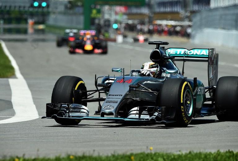 F1, Hamilton dice 44