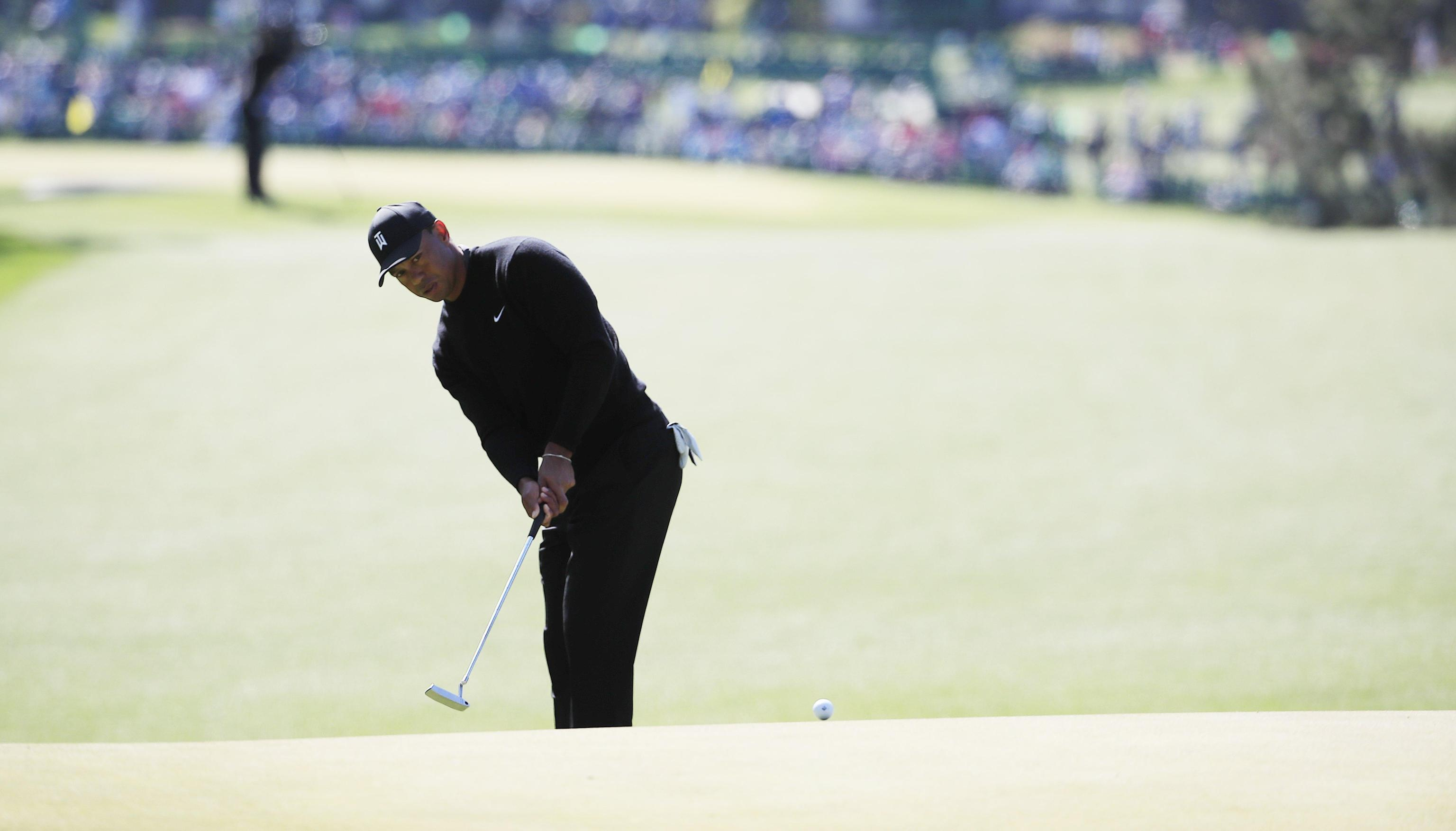 Golf: Woods 29° all'Augusta Masters dopo il 1° giro