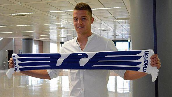 Milinkovic-Savic, 2015: il serbo sbarca in Italia per andare alla Fiorentina ma poi dopo essere persino stato nella sede viola firma con la Lazio