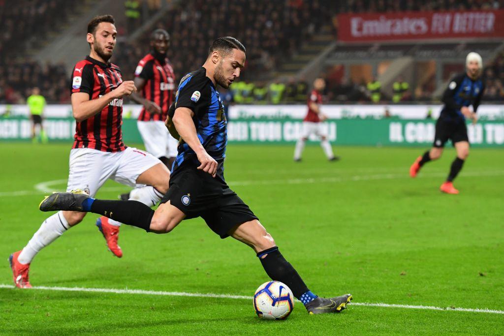 D'Ambrosio 6 - Pasticcia sul gol di Musacchio, si riscatta su Cutrone al 96'