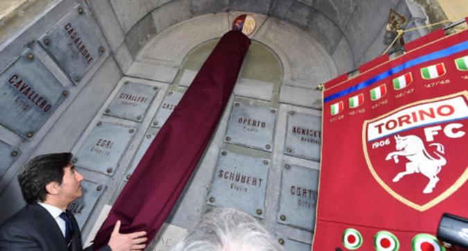 Tragedia di Superga, l'omaggio al Grande Torino