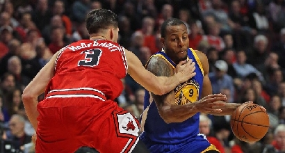 Nba: Belinelli batte Bryant, Warriors da record