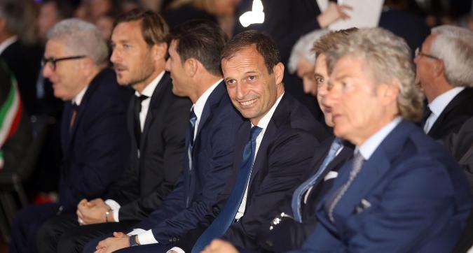 Hall of Fame: Allegri miglior allenatore. Nell'Olimpo del calcio italiano anche Zanetti e Totti