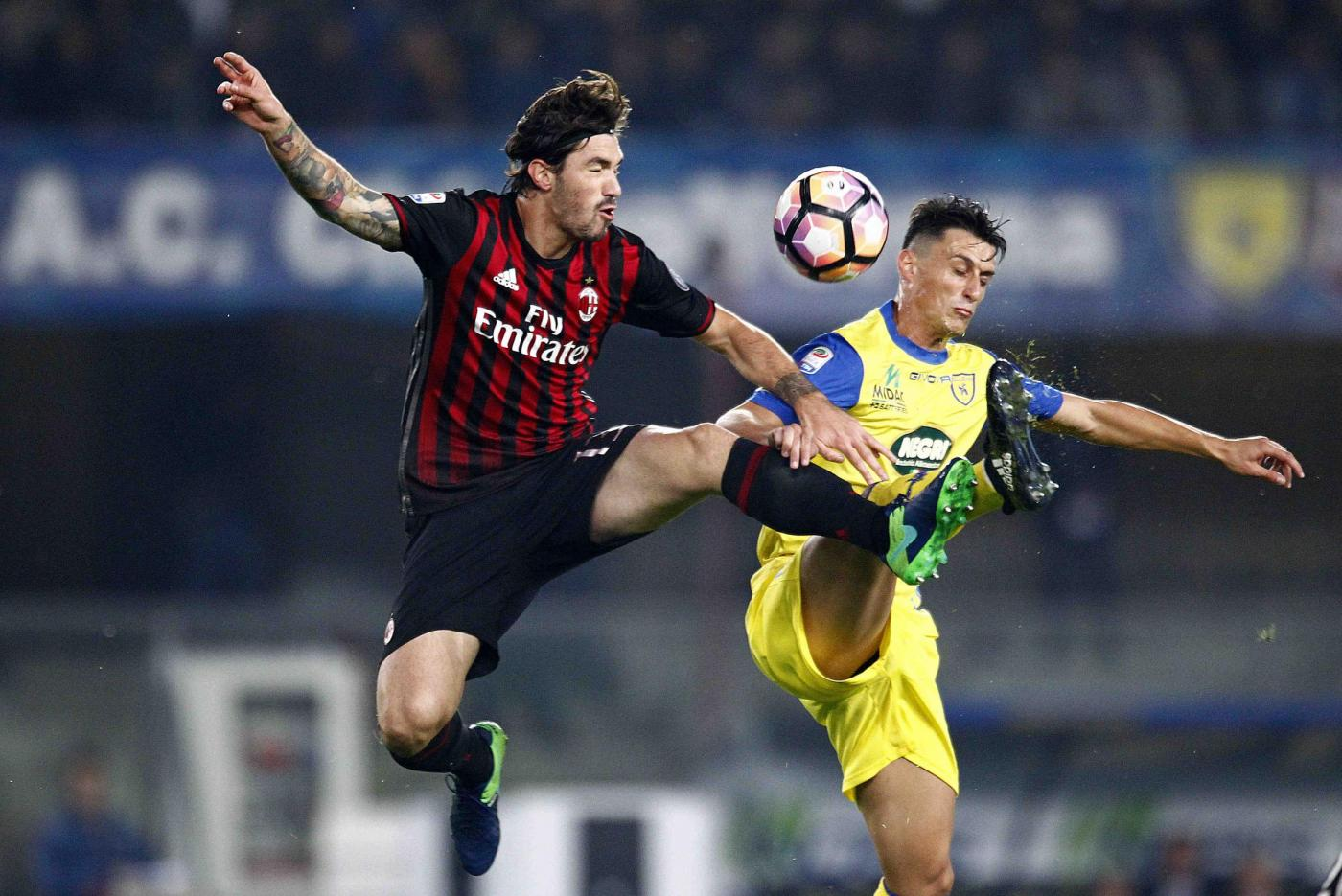 Chievo ko, il Milan sale al secondo posto