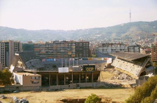 Il mitico Sarrià di Barcellona abbattuto