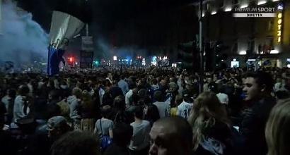 Bergamo in festa per l'Atalanta, migliaia in piazza<br />