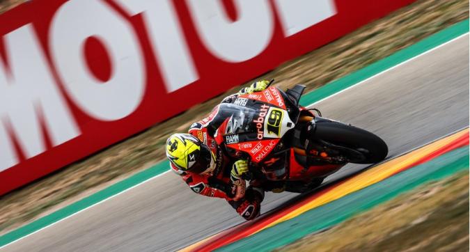 Sbk Aragon, Bautista domina Gara 1