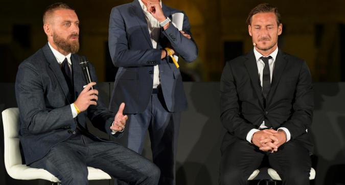 Roma, il dubbio di Totti: fare come De Rossi?