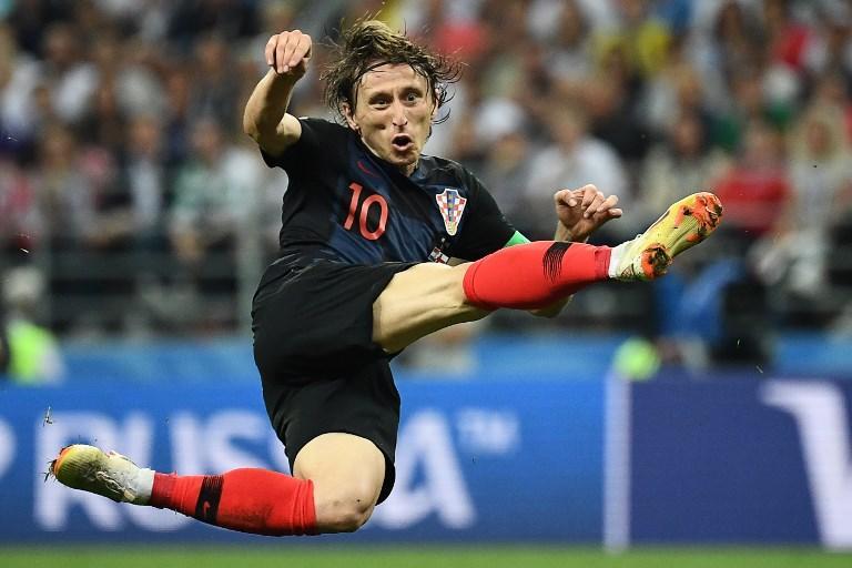 Tentativo al volo di Modric durante la semifinale dei Mondiali tra Croazia e Inghilterra (11 luglio)