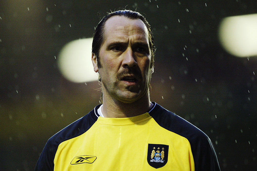 20) Seaman (Manchester City): 40 anni, 3 mesi e 22 giorni