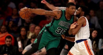Nba: Celtics primi a Est