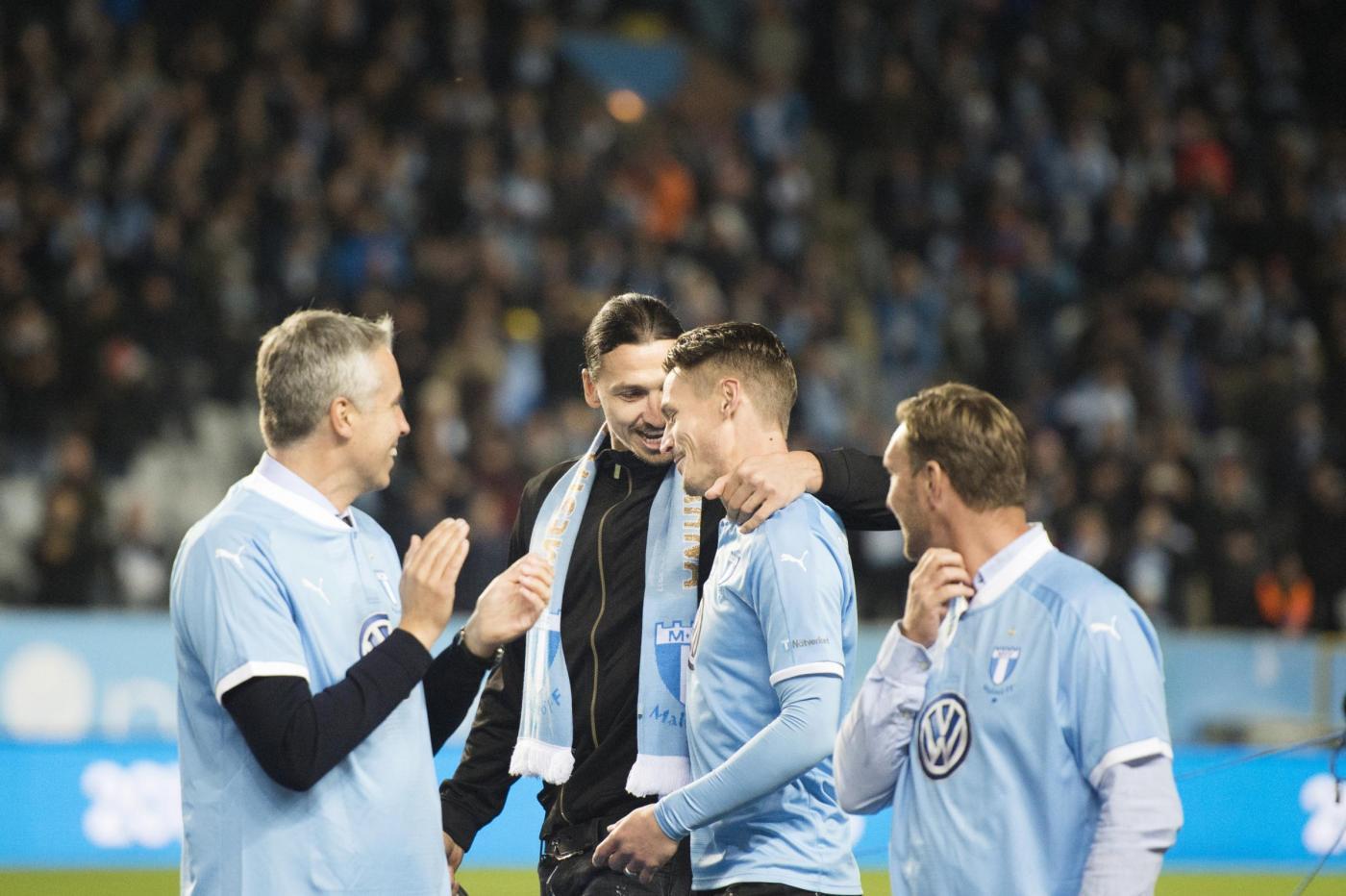 il Malmö festeggia il titolo con... Ibrahimovic