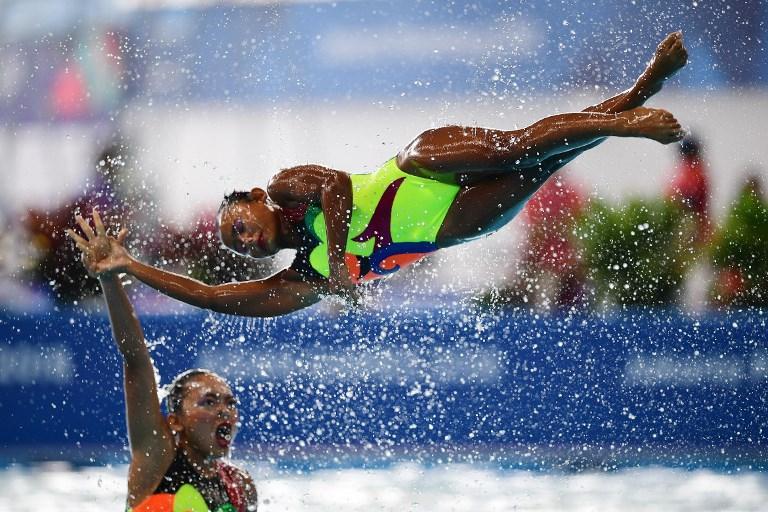 Atlete indonesiane nella prova di nuoto sincronizzato durante i Giochi Asiatici (29 agosto)