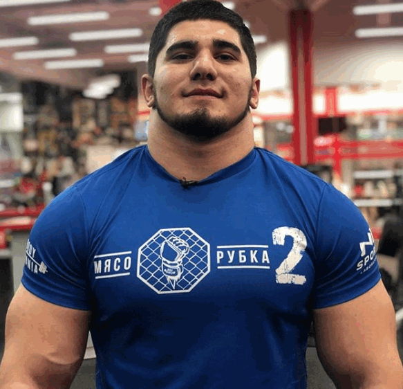 Ashab Tamaev, l'hulk russo stupisce nelle arti marziali miste