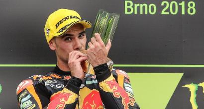 Moto2, Oliveira trionfa a Brno