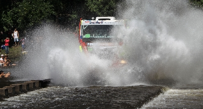 Dakar 2014: due giornalisti argentini morti in incidente d'auto