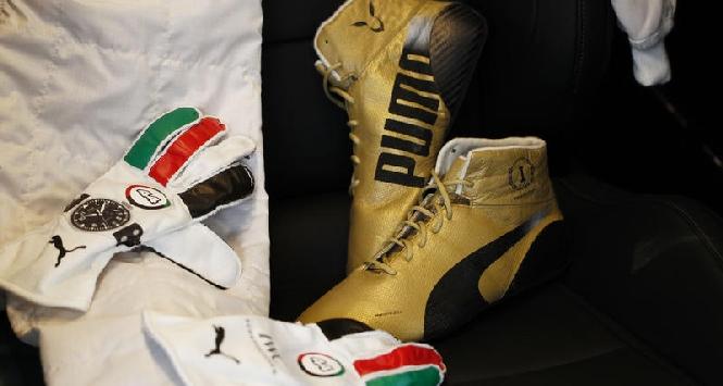 F1, scarpette d'oro per Hamilton ad Abu Dhabi