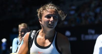 Tennis: Errani fuori tra le lacrime