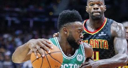 Basket, Nba: rimonta da urlo di Golden State, Belinelli non ferma i Celtics
