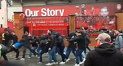 Liverpool-Roma: tifoso dei Reds lotta tra la vita e la morte. Arrestati due ultras giallorossi per tentato omicidio