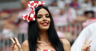 """Mondiali, la Fifa tuona: """"Basta sessismo, stop alle riprese delle tifose sexy in tv"""""""